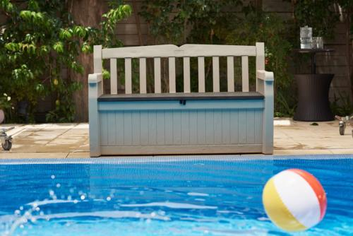 Keter 70-Gallon Storage Outdoor Chair Pool Furniture