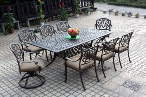 elisabeth cast aluminum dining set